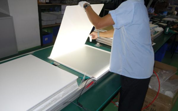 led-panel-production12
