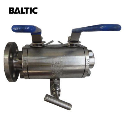 F321 Double Block & Bleed Ball Valve, 3/4 Inch, Class 150, API 6D