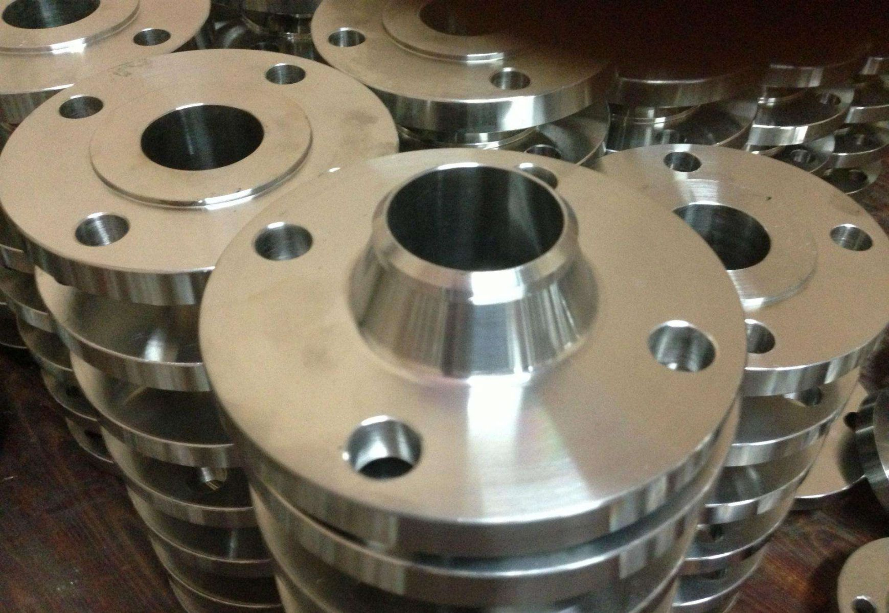 Two Ways to Solve the Processing Problems of Stainless Steel Flanges