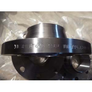 ANSI B16.5 Weld Neck Flange, CS A105, CL150, 4IN, Black Treatment