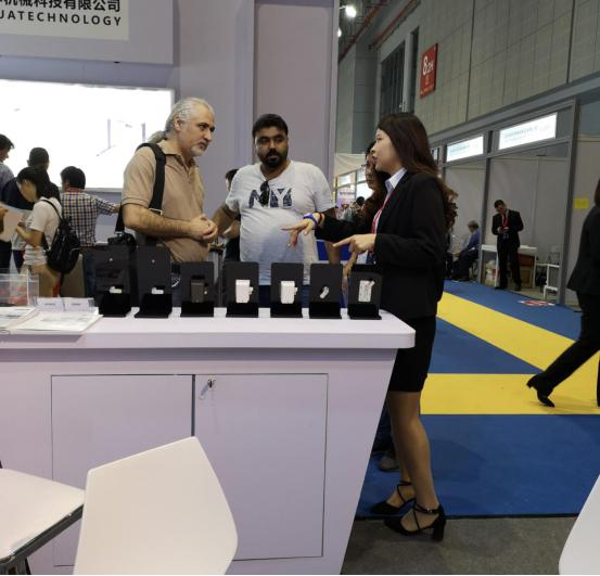 Foreign exhibitors have great interest in Make locks