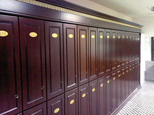 make-locker-locks-without-fear-in-a-humid-environment-wood.jpg