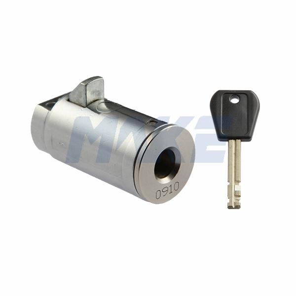 Disc Tumbler Plunger Lock MK203-1E