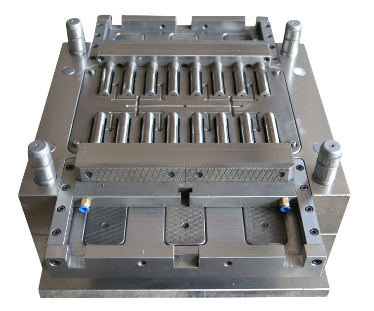 Plastic Injection Mold Has Development Features