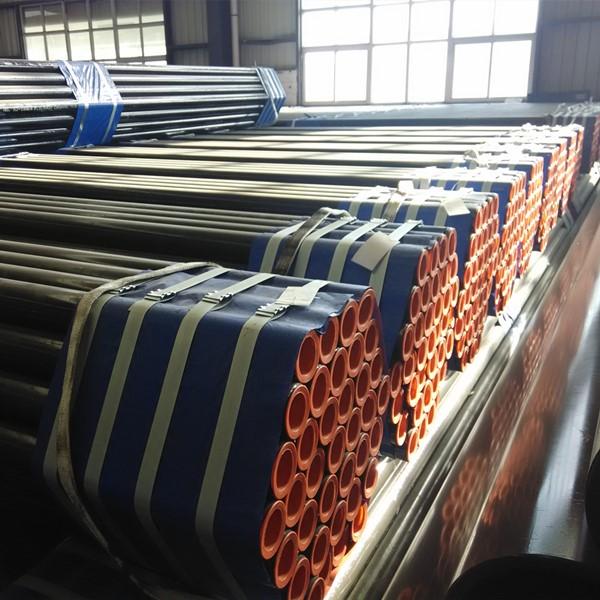 4 INCH SCH40 ASTM A53 GR.B SMLS Carbon Steel Pipe ASME B36.10 Plastic Thread Protector