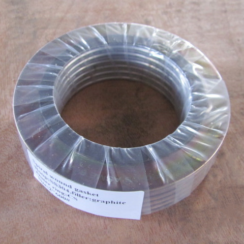 GASKET SPIRAL WOUND 4 IN PRESSURE RATING: 600 LB, OUTER RING MATERIAL: CS, FILLER MATERIAL: GRAPHITE, WINDING MATERIAL: SS 304L, STANDARD: ASME B16.20;