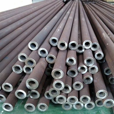 Seamless Tubes Grade 45C8 Length 5.3 Mtrs OD 38 mm ID 22 MM Plain Square Cut