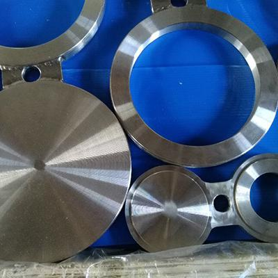 A516 Gr.70 Spectacle Blind Flange ASME B16.48 Forged 4 Inch RF Oiled