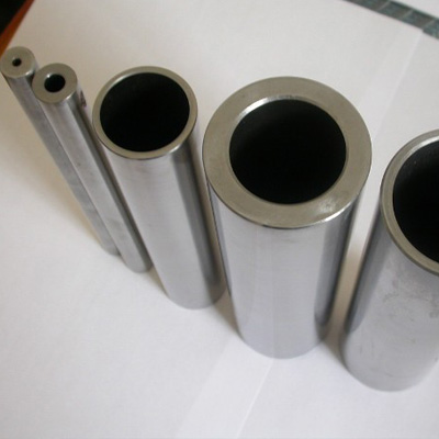 SB-625 N06625 High Alloy Steel Tube Cold Drawn PE End