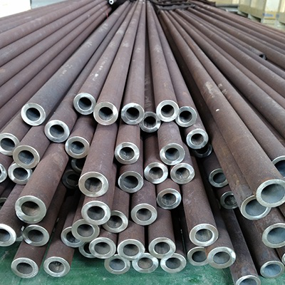 DIN 17175 ST35.8 Seamless Steel Pipe 38.1mm x 3.66mm Oiled