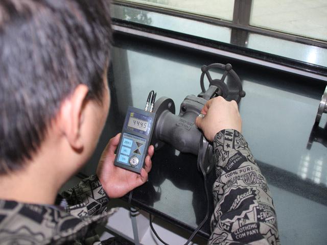 Ultrasonic Testing Ensayo Ultrasónico