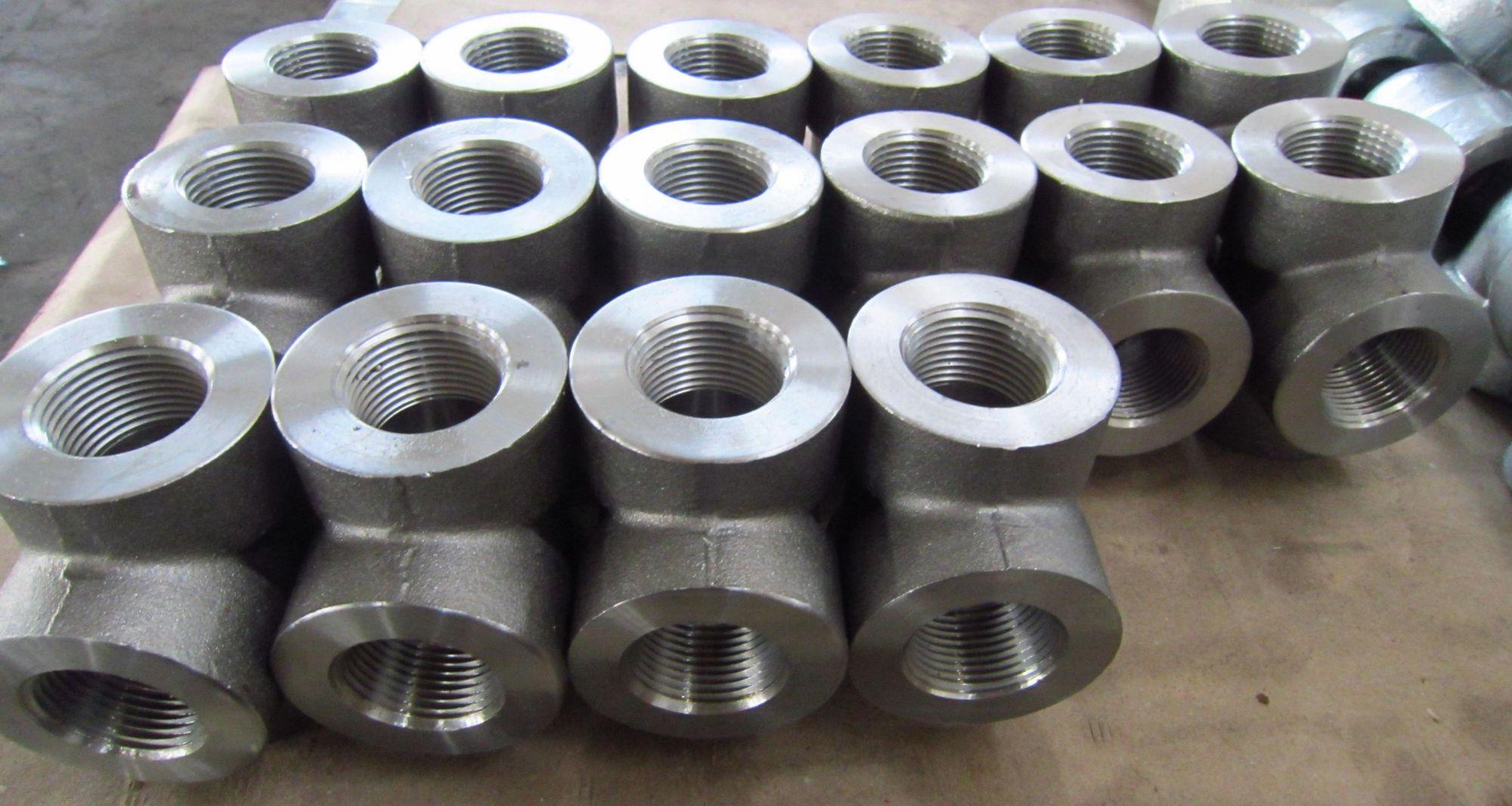 ASTM A105 Pipe Tees, DN50 X DN50, 2000 LB, FNPT Ends