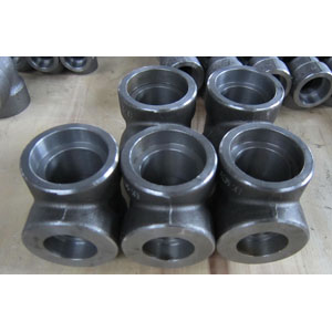 A105 Reducing Tee, ASME B16.11, 1 1/2 X 1 Inch, Class 3000