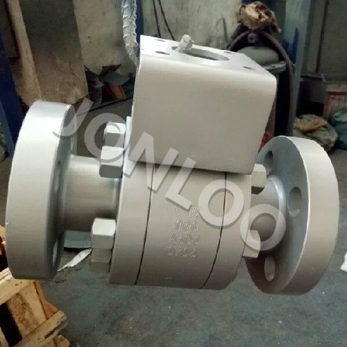 3-Piece High Pressure Ball Valve 1 1/2 inch 900LB A105 RTJ