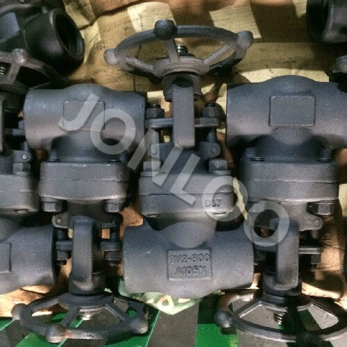Threaded Forged Gate Valve 11/2 Inch 800 LB Bolted Bonnet
